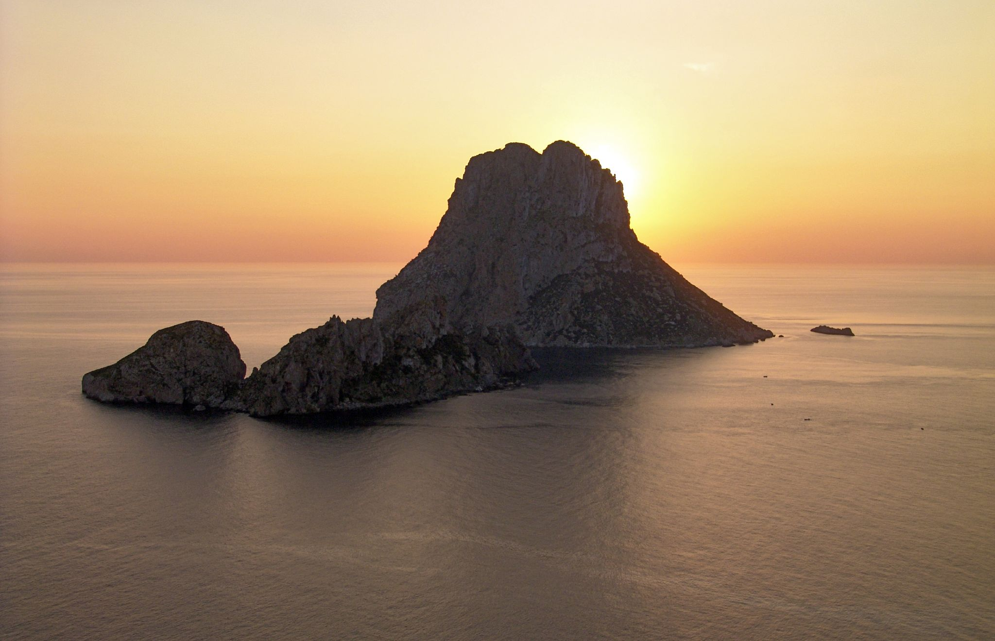 100021640 48571e132d o Conocé Ibiza   España   Fotos e Info   Increible!