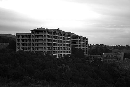 El hospital del Tórax - Universo Paranormal