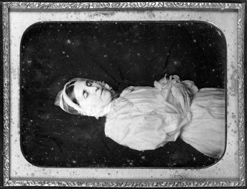 Fotografías post mortem del siglo XIX