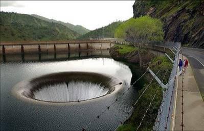 Los agujeros más grandes y profundos del planeta. fotos