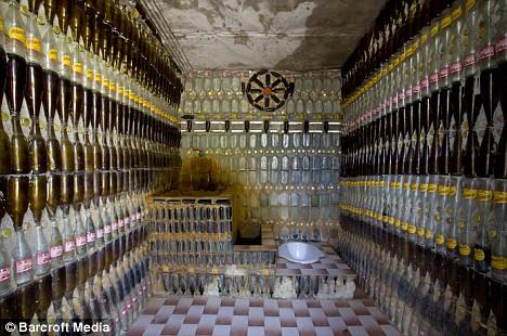 templo-botellas