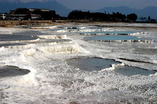 800px-hot_springs_of_pamukkale