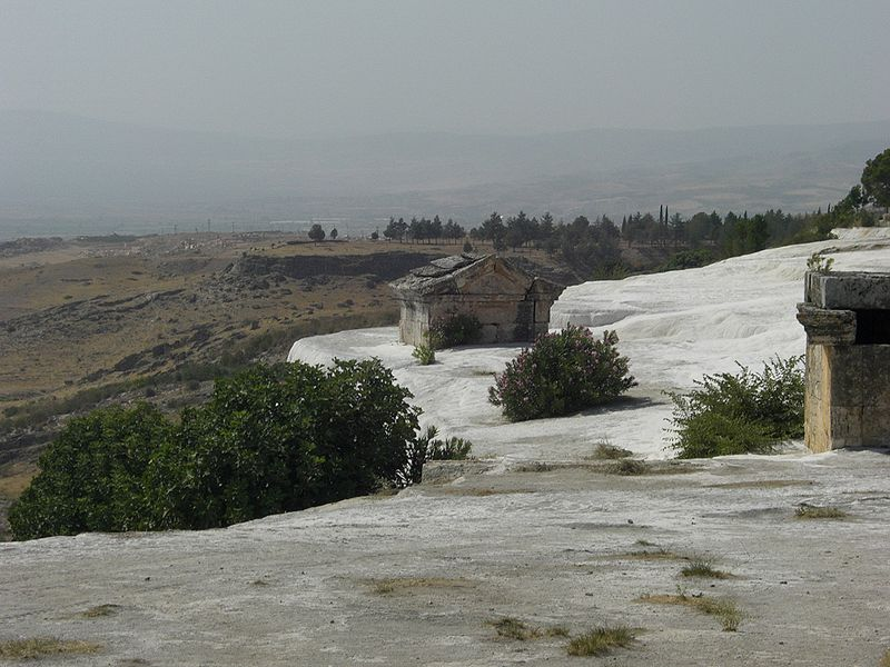 800px-tumbas-hierapolis