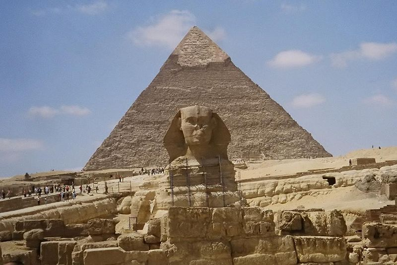 800px-general_custer_-_sphinx_and_pyramid_by1