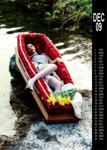 calendario_macabro_erotico