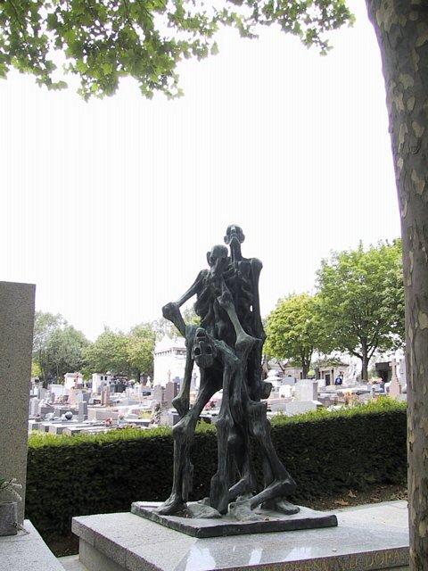Cimetiere Pere Lachaise -arte bizarro