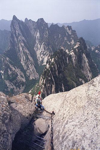pilgrims-climbing-500