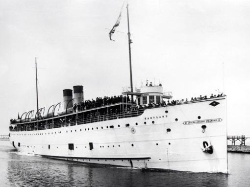 1914_eastland antes del naufragio