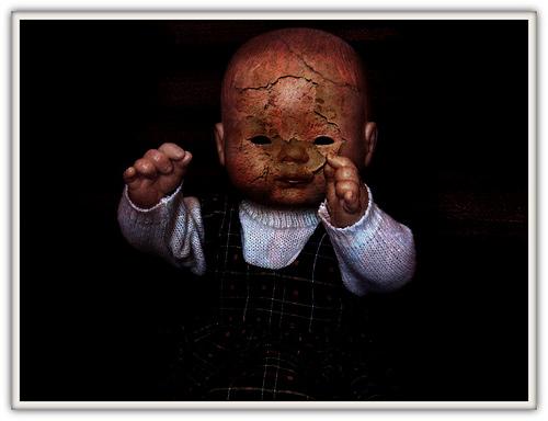 macabre_doll