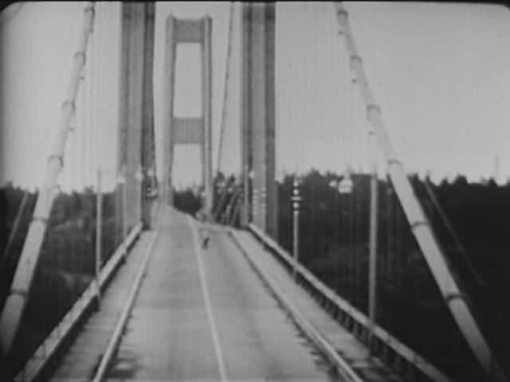 mid-Tacoma_Narrows_Bridge_destruction.ogg
