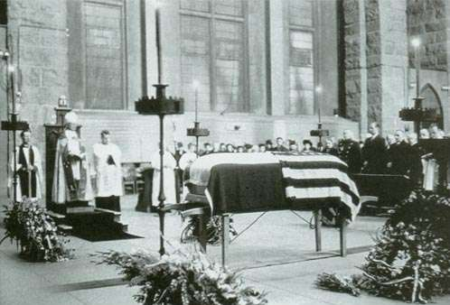 nikola-tesla-funeral
