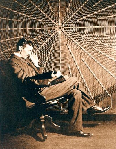 Nikola_Tesla_2