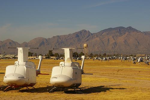 [Imagen: cementerio_helicopteros.jpg]