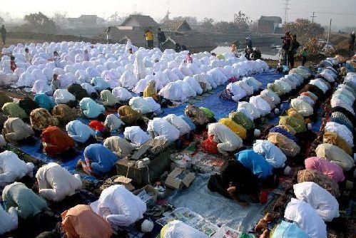 musulmanes-rezan-meca