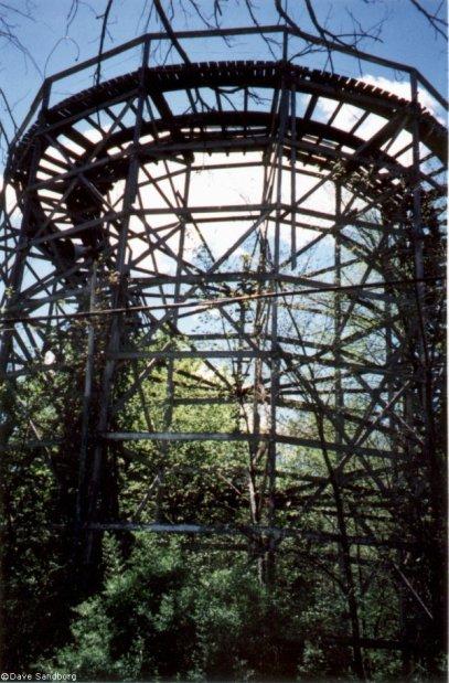 parque_de_diversiones_abandonado