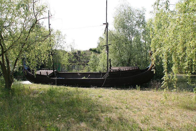 Treptower_boat
