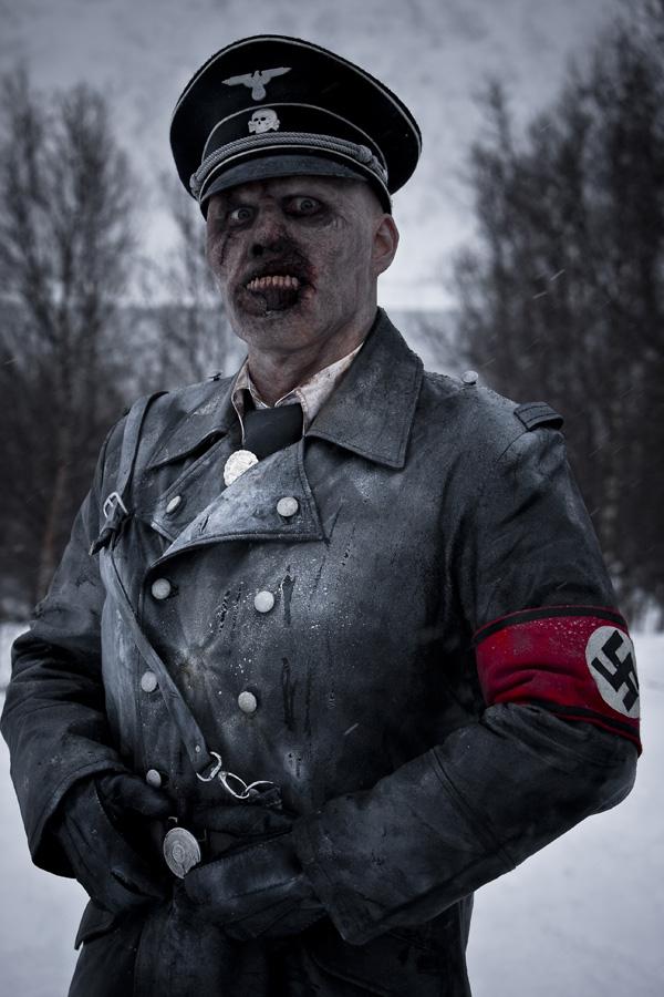 722808_dead_snow_movie_image__7_