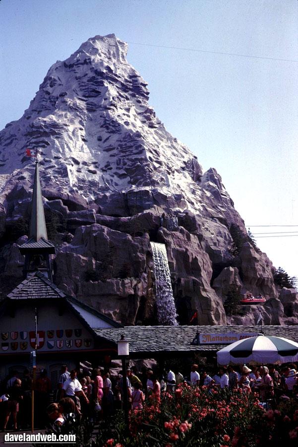Disney-Matterhorn-62