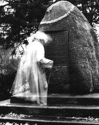 Las 100 Mejores fotos de FANTASMAS DE LA HISTORIA Segunda Partida Espiritu_cementerio