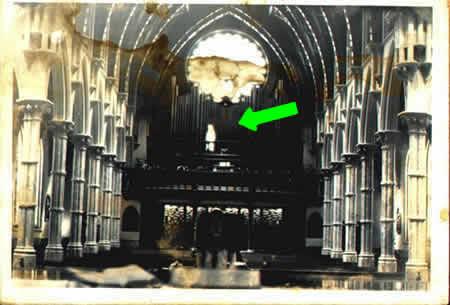 Las 100 Mejores fotos de FANTASMAS DE LA HISTORIA Segunda Partida Fantasma_iglesia_2