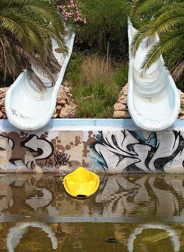Parques Acuáticos abandonados Tejiendo_el_mundo