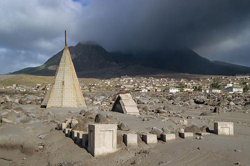 LUGARES ABANDONADOS-LUGARES OLVIDADOS (sitios fantasma en el mundo) Abandoned_town