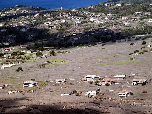 LUGARES ABANDONADOS-LUGARES OLVIDADOS (sitios fantasma en el mundo) Exclusion_zone_montserrat