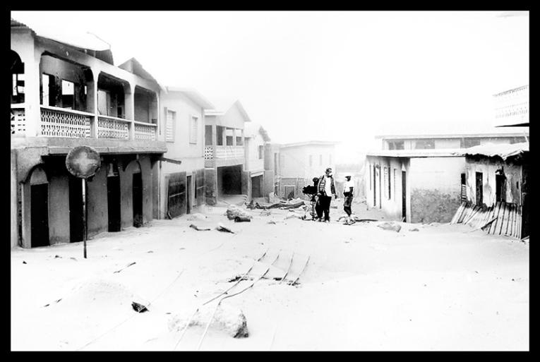 LUGARES ABANDONADOS-LUGARES OLVIDADOS (sitios fantasma en el mundo) Montserrat_plymouth