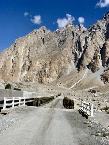 Pakistan-Karakoram_Highway
