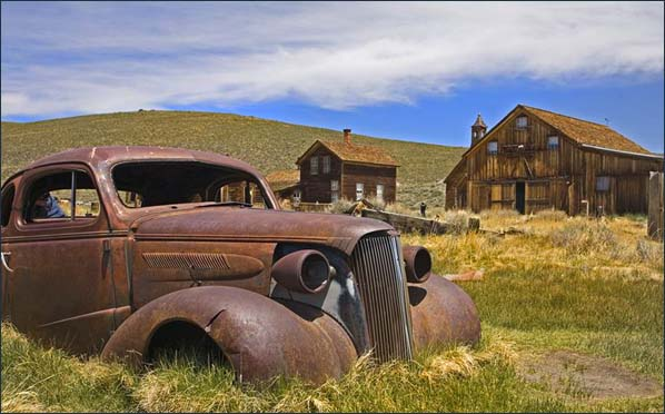 2-bodie-ghost-town
