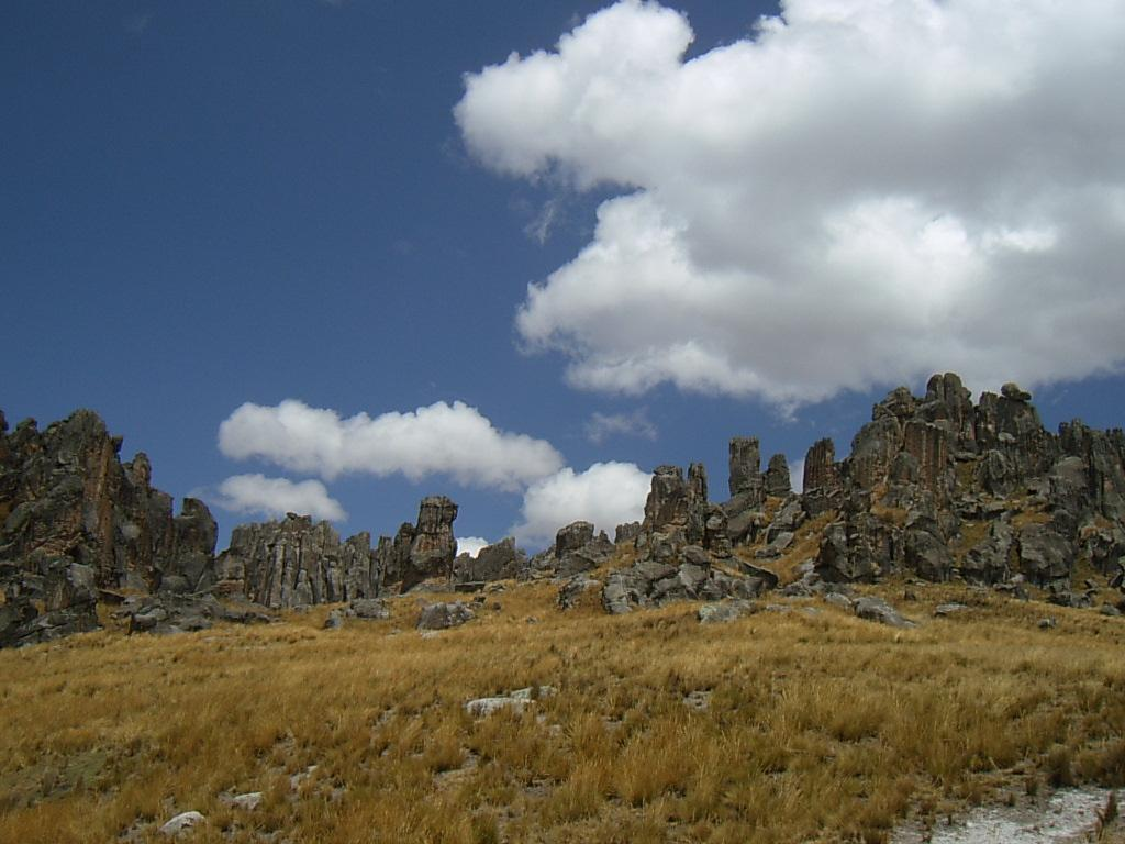 Maravillas Geológicas. El bosque de piedras de Huallay