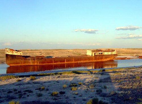 mar-aral-barcos-abandonados-03