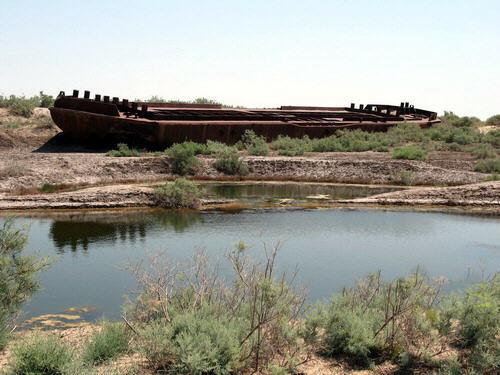 mar-aral-barcos-abandonados-05
