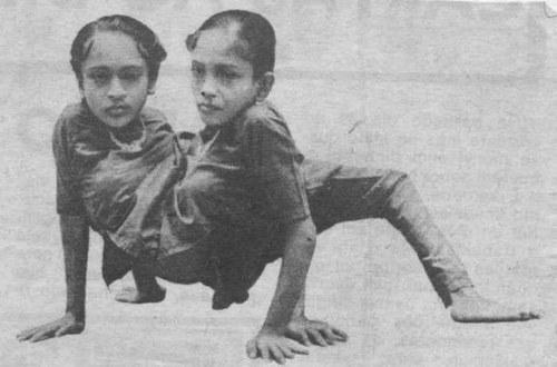 Ganga y Jamuna Mondal, las hermanas araña.
