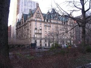 La leyenda negra del «Dakota», el edificio maldito de Nueva York