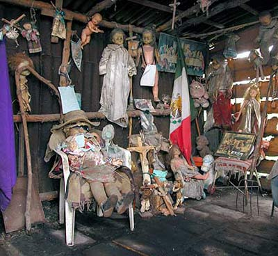 La isla de muñecas de Xochimilco ~ Isla_munecas2