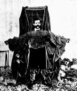 Franz Reichelt, el hombre que quiso volar desde la torre Eiffel.