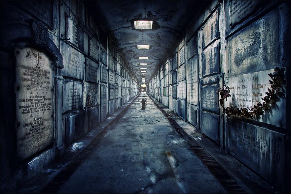 Ejemplo de Rol :: Siberia, Rusia :: Mission 01 Misión - Cementerio de esperanzas... Cripta_embrujada
