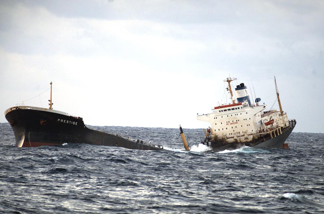 venta embarcacion accidentada: