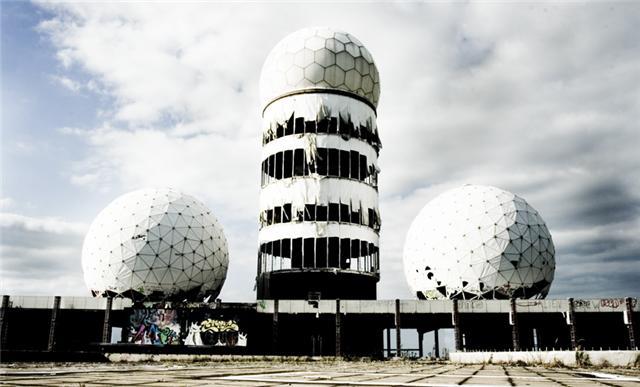Abandonos con historia. Teufelsberg, los últimos vestigios del espionaje en la guerra fría.