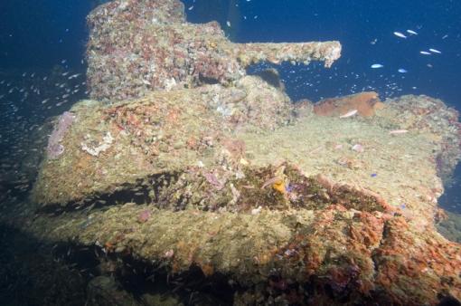 Imagenes devehiculos hundidos en el mar