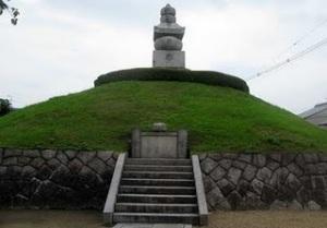 Mimizuka. Cuando una tumba se convierte en un trofeo de guerra.