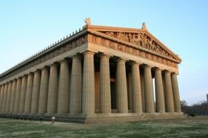 El Partenón de Nashville, un viaje en el tiempo al templo más famoso de Grecia.