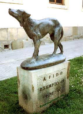 monumentos a perros