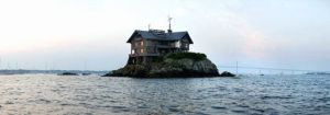 Hogares insólitos. La mansión en medio del mar.