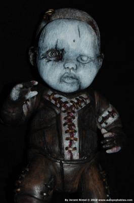 Autopsy Babies // Muñecos no aptos para tiendas de juguetes. Autopsybabies