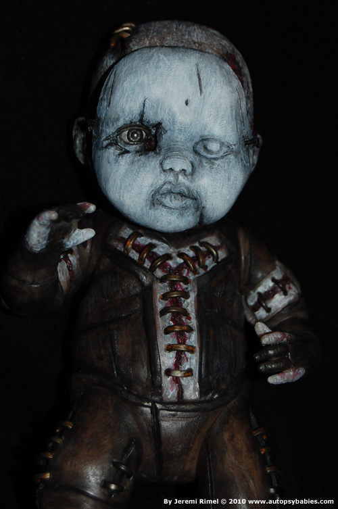 Autopsy Babies. Muñecos no aptos para tiendas de juguetes. Autopsybabies