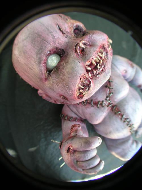Autopsy Babies. Muñecos no aptos para tiendas de juguetes. Baby