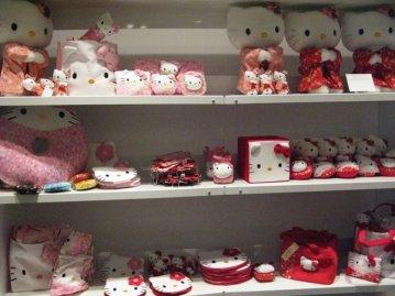 HELLO KITTY  Y SU LADO OSCURO Merchandising