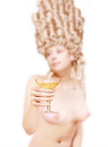 Sobre las copas de champán y los pechos de Maria Antonieta